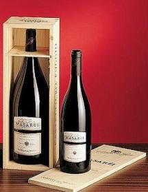 Castello_del_Poggio_MASAREJ_Barbera_dAsti_DOCG_2014_Magnum_15_lt_in_a_wooden_box